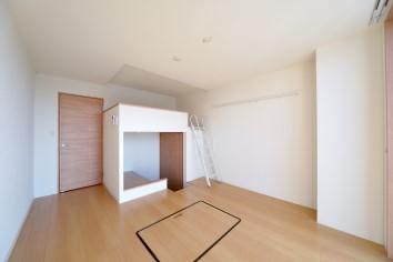 川木建設 ルネスマンション ロフト+DEN(書斎)スペース